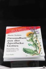 Buch - Gesundheit aus der Apotheke Gottes -Maria Treben